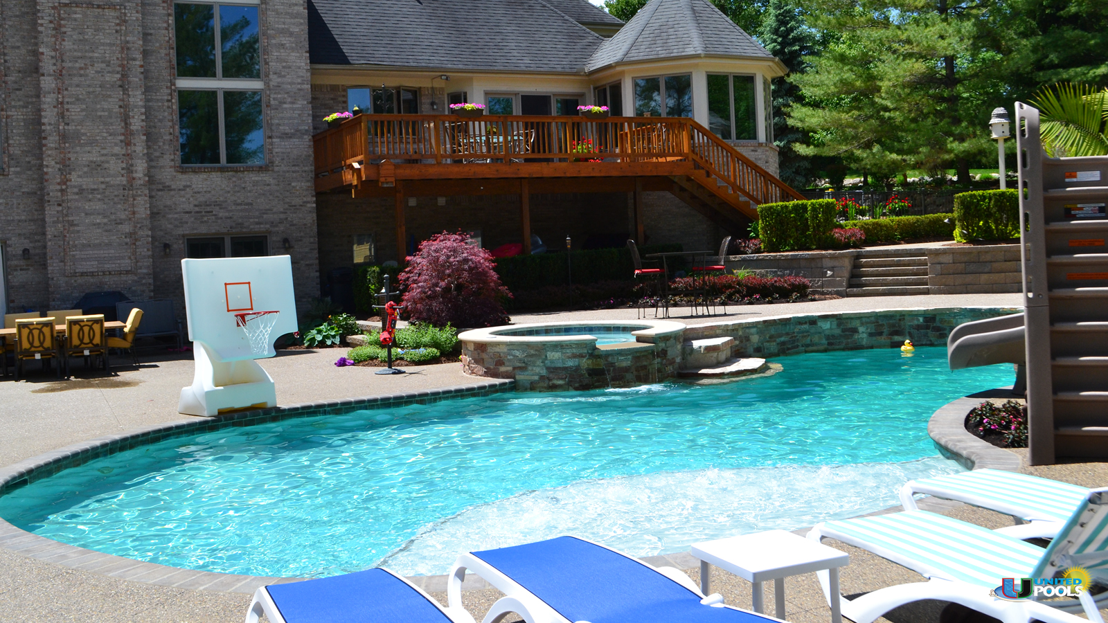 macomb-county-luxury-pool-installation