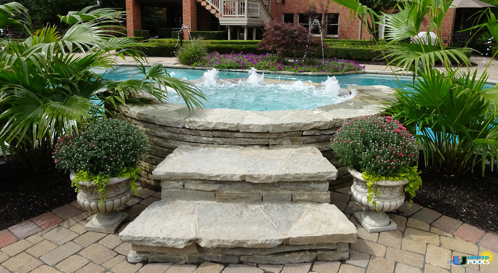 residential-custom-pool-with-spa