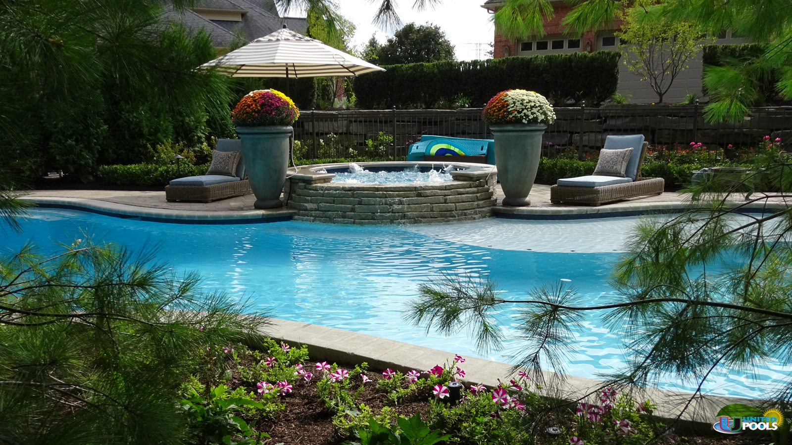shelby-twp-luxury-pool-design-2